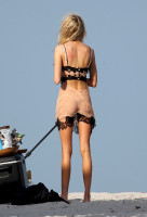 eaf7971f628bff488a8755de12d9f7f4th - Celebrities nipslip, cameltoe, upskirt, downblouse, topless, nude, etc